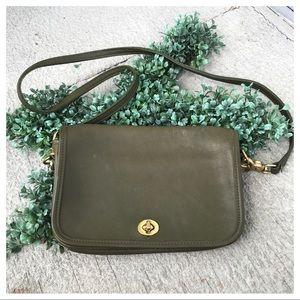 Coach Vintage 9755 Penny Pocket Leather Crossbody